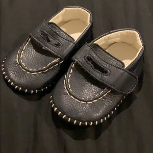 Other - Leather looking slip on bootie moccasins for baby